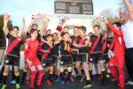 Cinco títulos y nueve ascensos en un año deportivo brillante de la Escuela de fútbol FRV